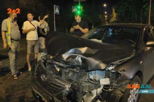 В Киеве на полупустой трассе авария превратилась в ночное представление