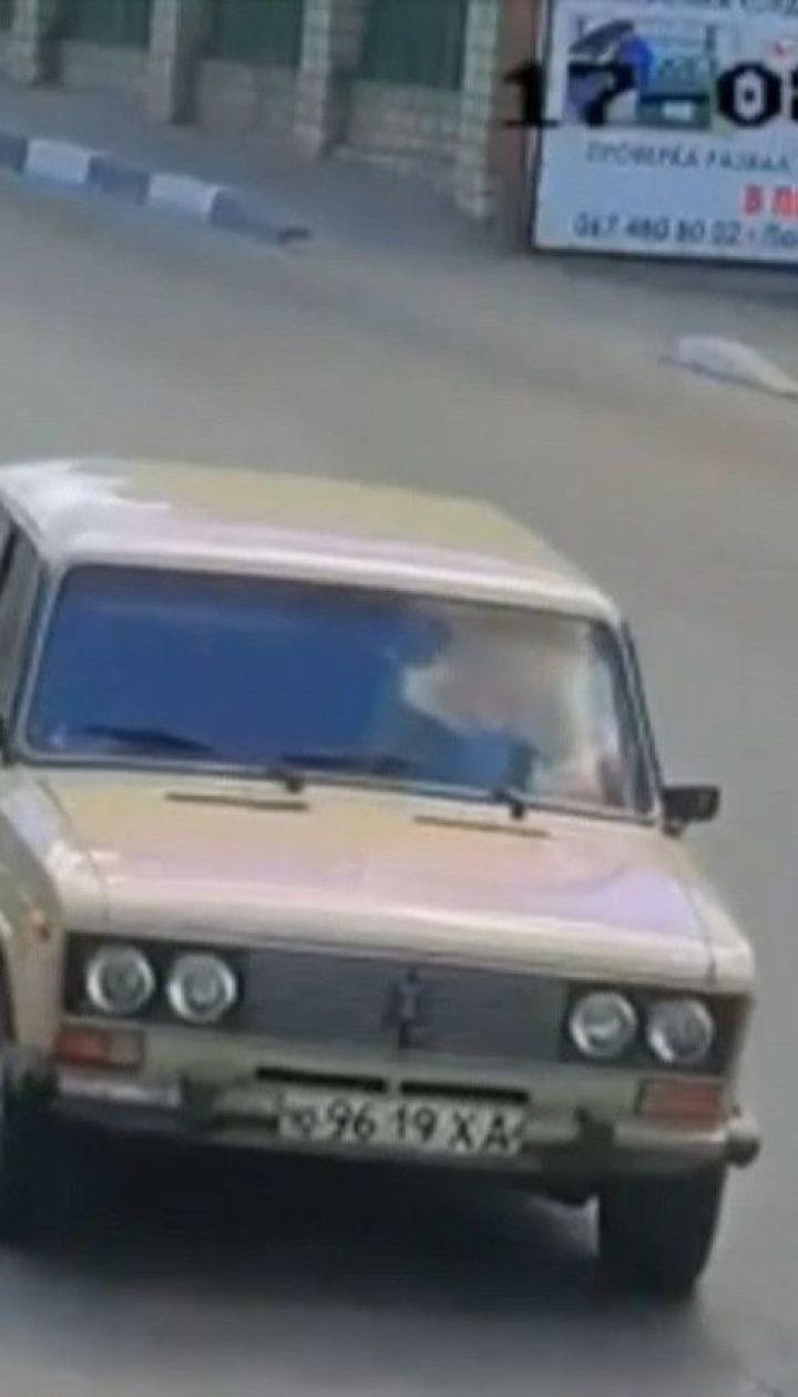 59-летний водитель сбил на пешеходном переходе молодую мать с новорожденным сыном
