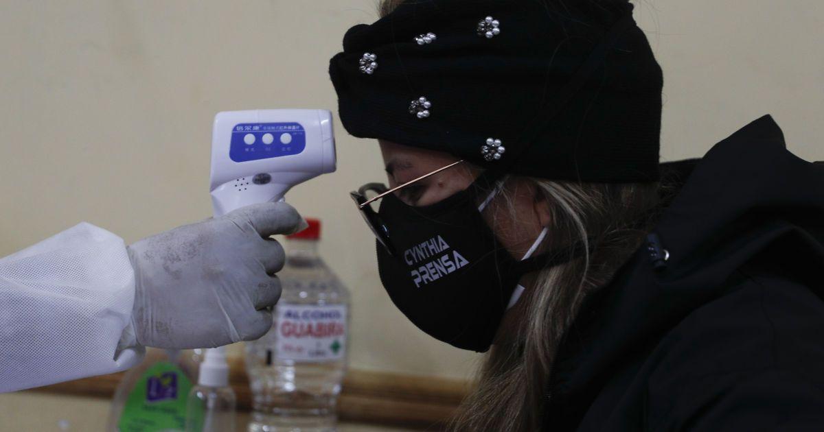 Степанов пояснил, что делать больным при появлении симптомов коронавируса