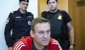 """Лікар Навального заявив, що опозиціонер """"може померти в будь-який момент"""""""