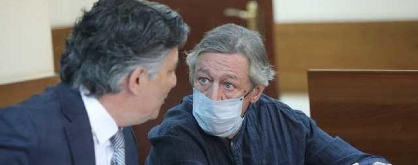 У заключенного Михаила Ефремова вместо Пашаева новый адвокат