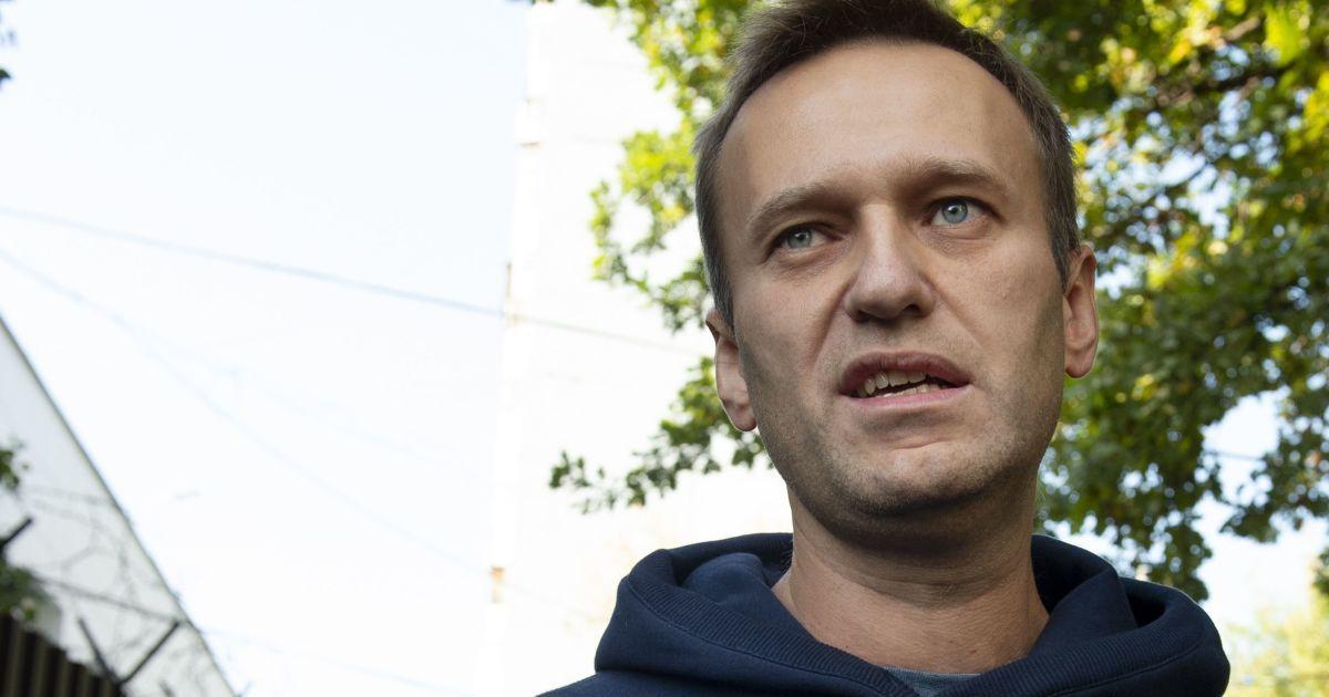 Навального оголосили у федеральний розшук