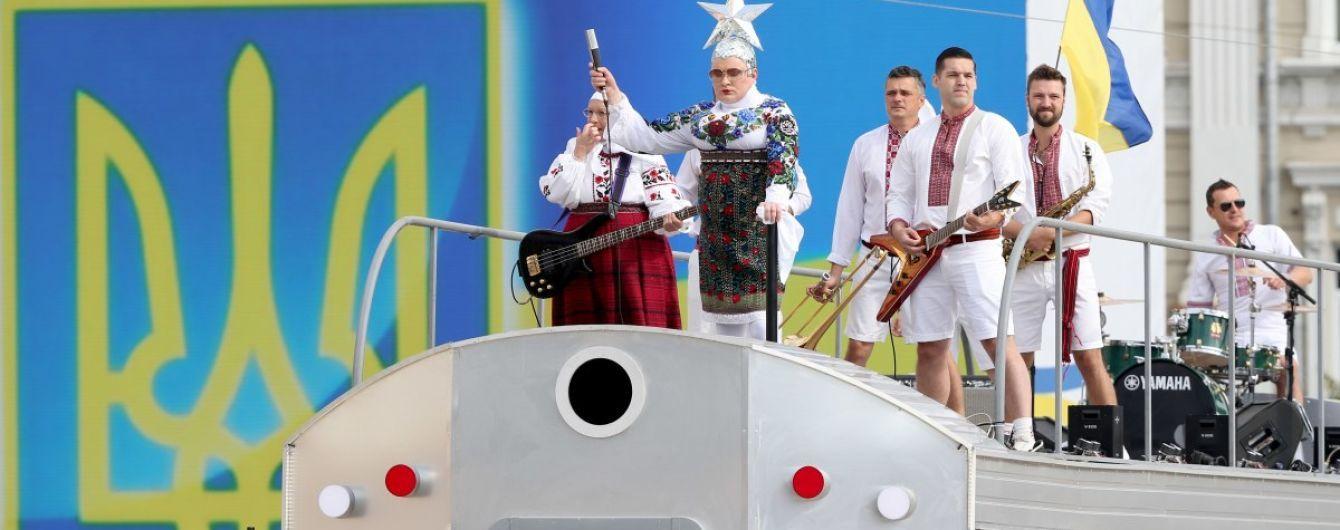 У Зеленського заявили, що артисти на попурі у День Незалежності виступили безкоштовно