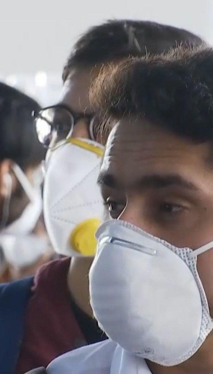 Коронавірусна пандемія: Україна тимчасово закривається від іноземців та продовжує карантин