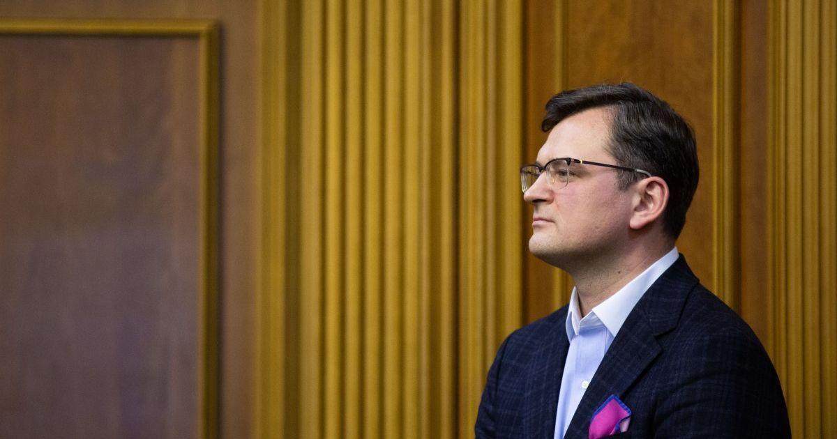Кулеба заявил, что Украина заморозила все контакты с Беларусью