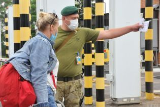 Правительство готовит новые правила въезда иностранных граждан