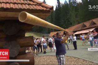 На Прикарпатті презентували трембіту рекордної довжини