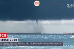 В море у Крыма пронесся большой смерч