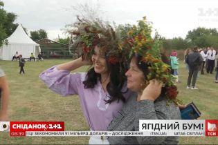 """У селі Костовці Житомирської області відбувся 8-й ягідний фестиваль """"Брусвяна"""""""