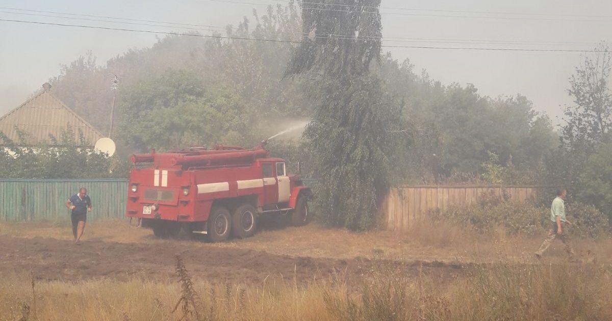 Через пожежу оголошено евакуацію жителів: що відбувається у Харківській області