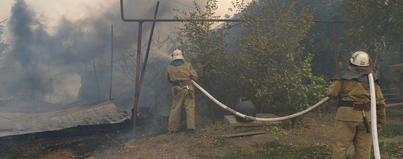 Сокрушительный пожар в Луганской области: спасатели продолжают тушить еще три очага огня