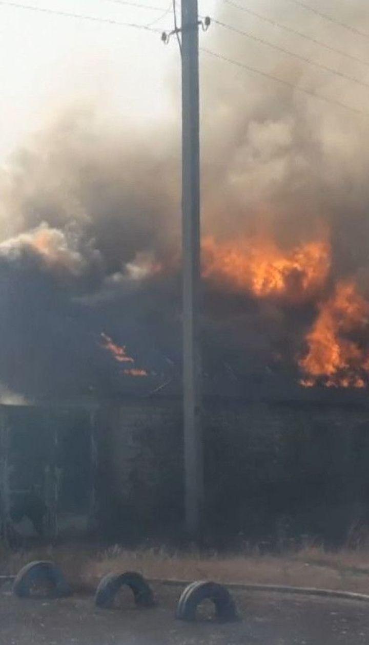 В Харьковской области пожарным удалось локализовать неконтролируемое пламя