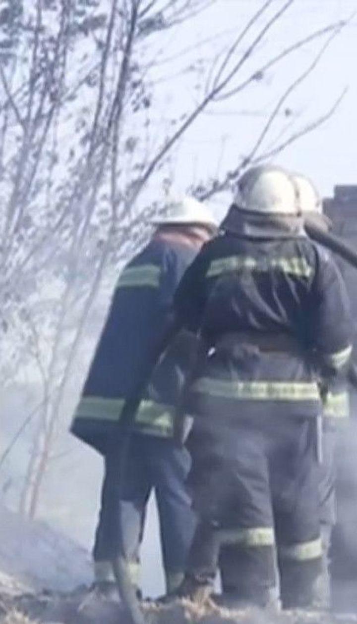 Посадовці пообіцяли грошову компенсацію жертвам масштабних пожеж у Харківській області
