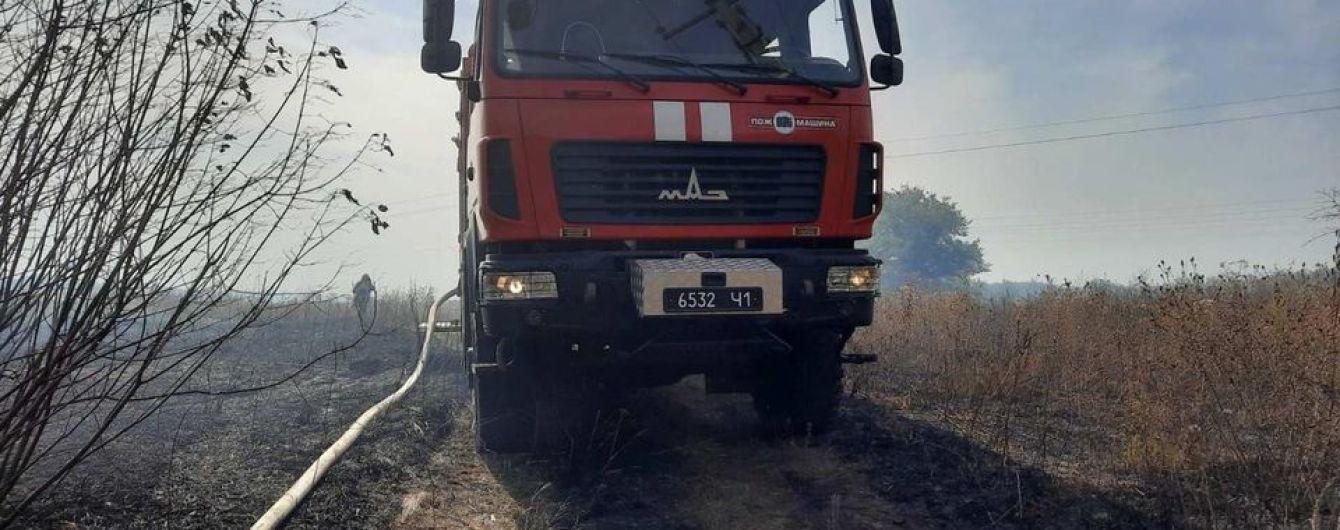 Пожежі у Харківській області: введено НС регіонального рівня, вогонь ще не загасили