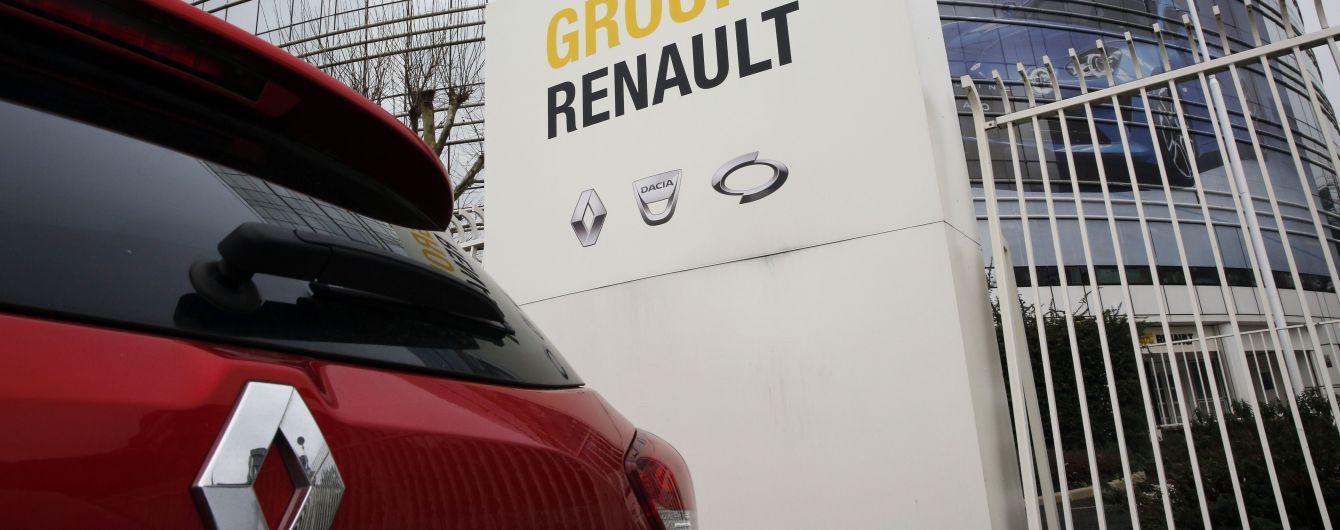 Renault начнет продажи бюджетного кроссовера за 7 тысяч долларов