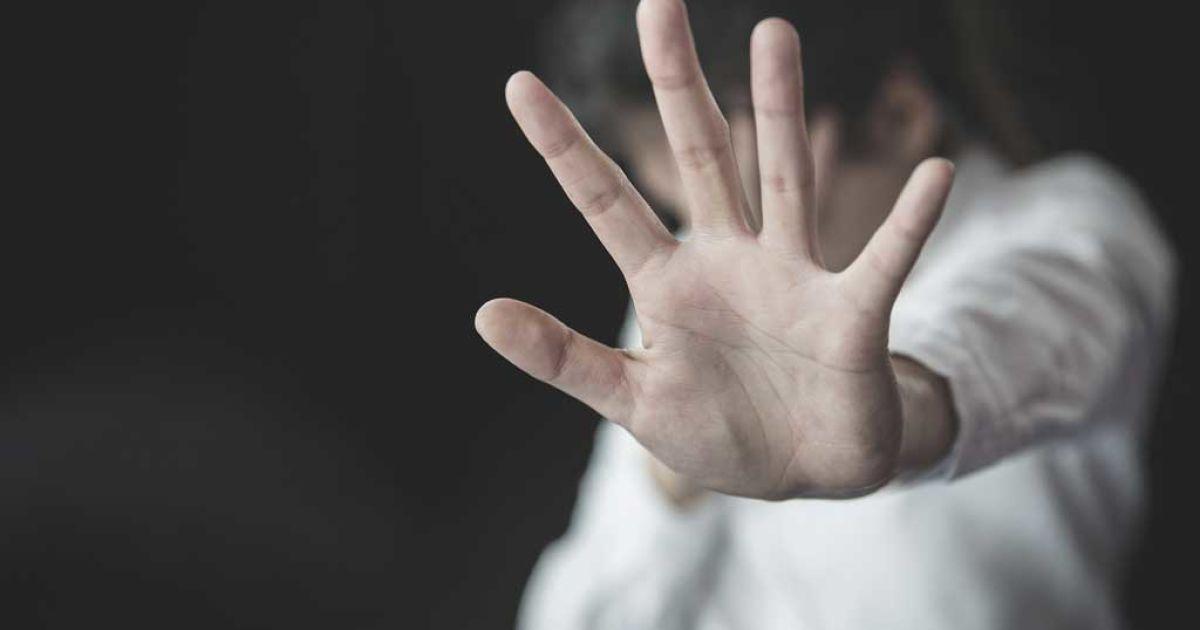 В селе под Киевом задержали педофила за развращение двух девочек