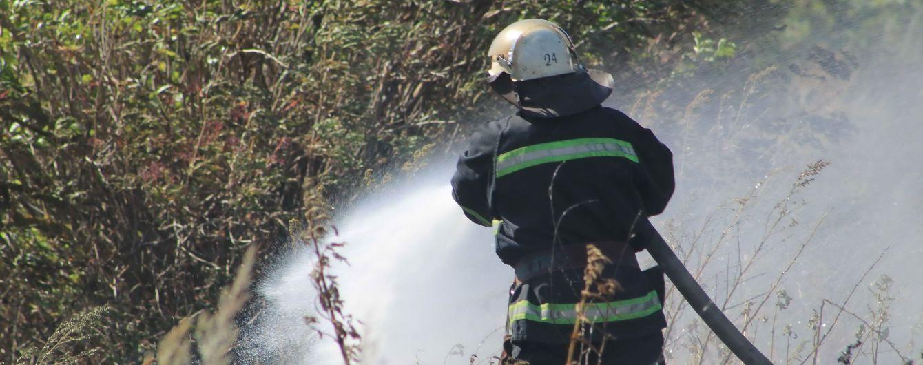 Масштабні пожежі: у Харківській області люди розбирають згарища і рахують збитки
