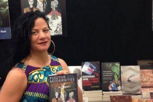 В США профессор десятки лет выдавала себя за афроамериканку