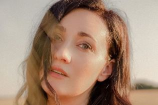 Позировали на фоне заката: Соломия Витвицкая показала романтические фотографии с мужем