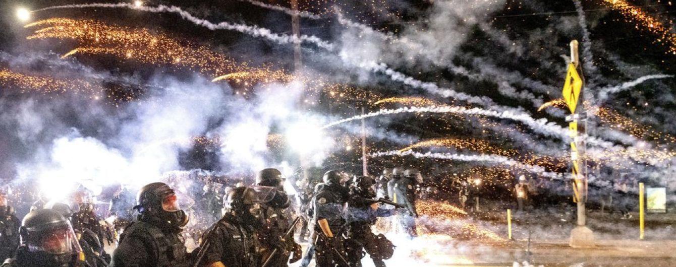 Протесты в США: в результате столкновений в Портленде задержали более полсотни митингующих