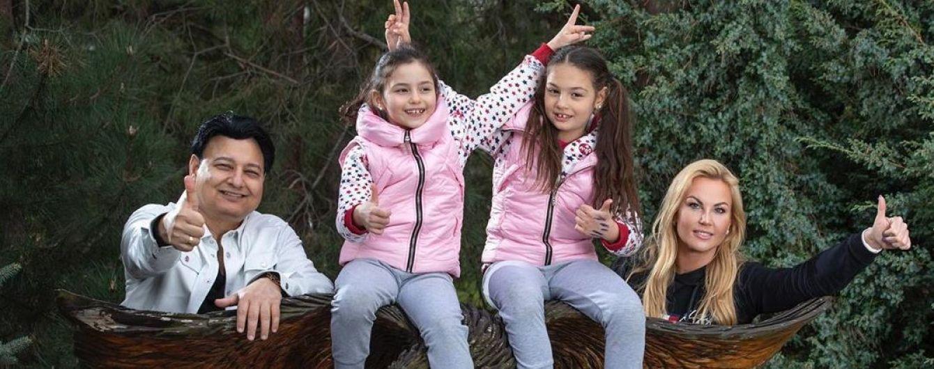 Камалия в честь 7-летия дочерей устроила шумную вечеринку во дворе своего дома
