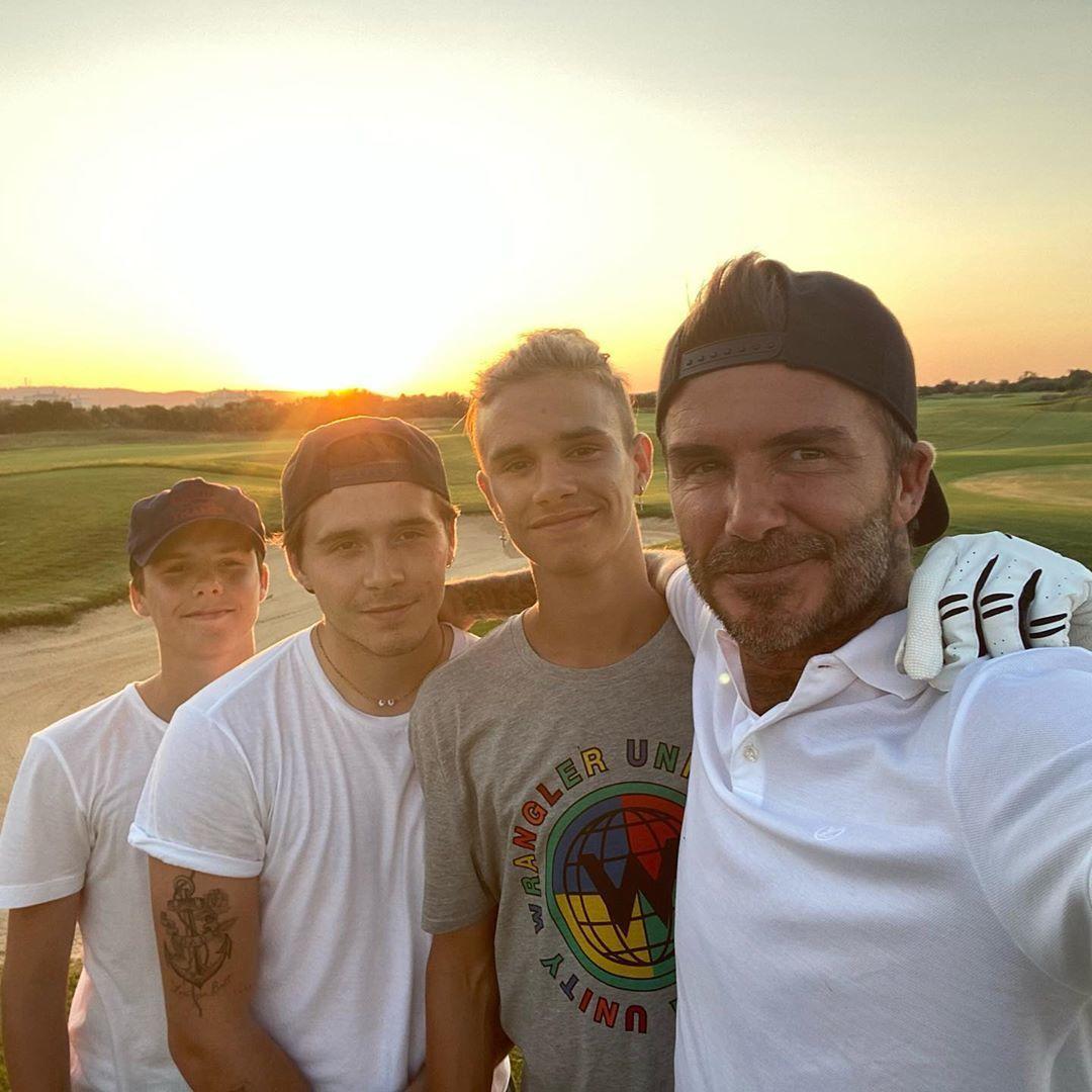 Дэвид Бекхэм с сыновьями