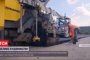 В Тернопольской области продолжается ремонт самой длинной трассы области