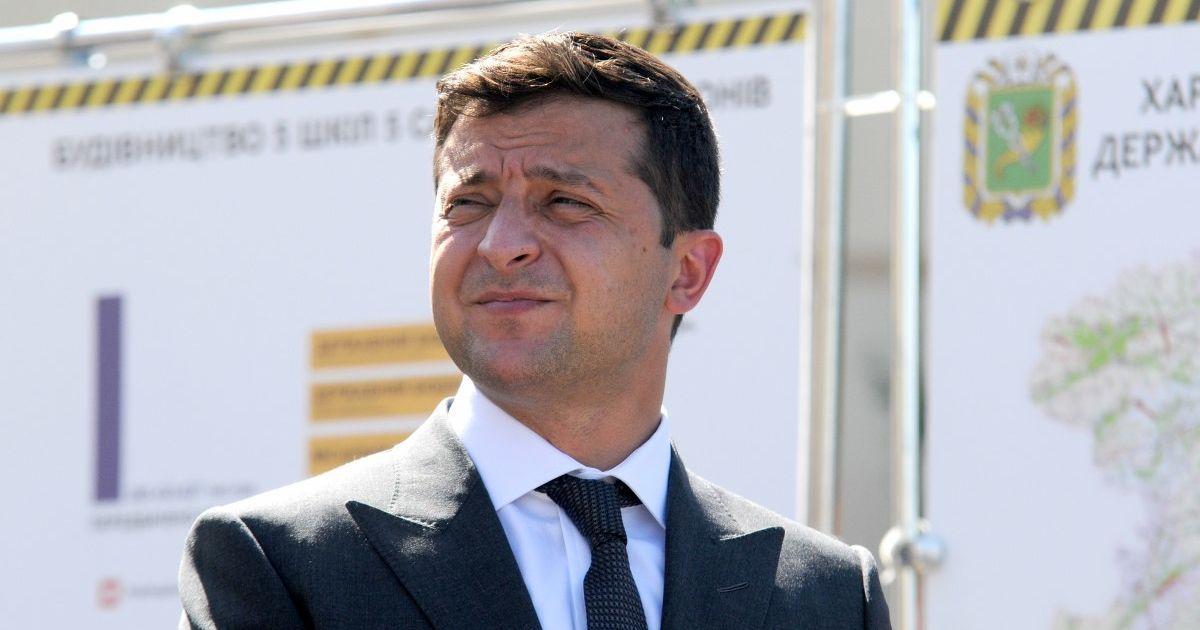Зеленський пропонує відтермінувати введення обов'язкових касових апаратів для ФОПів на рік