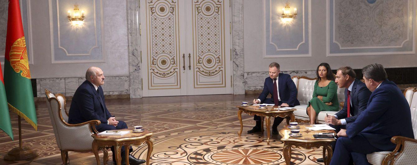 """""""Ягодки еще впереди"""": Лукашенко пообещал опубликовать вторую часть """"перехваченных"""" разговоров об отравлении Навального"""