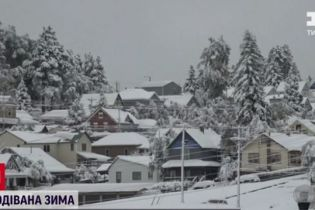 Одразу три штати США засипало 30-сантиметровим шаром снігу