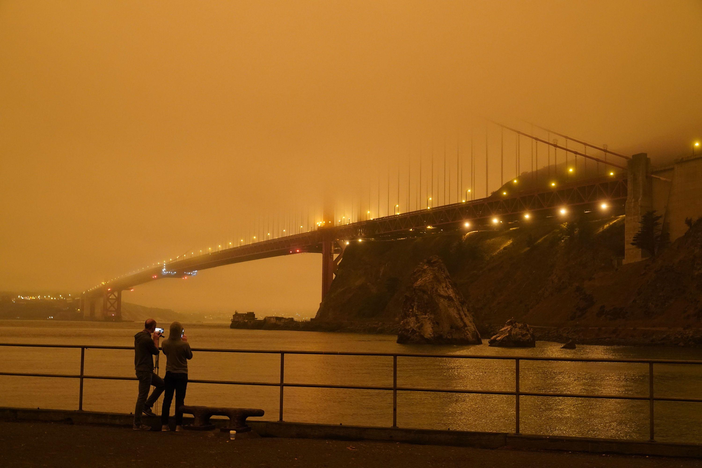 Небо у Каліфорнії, пожежі у США_1