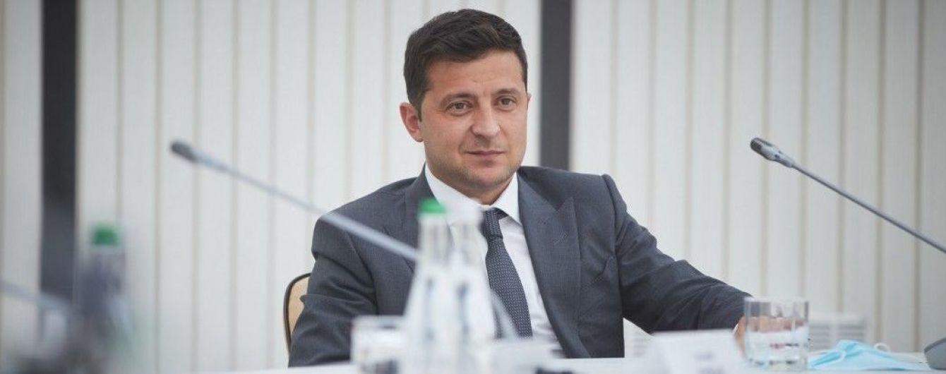 Зеленский впервые за время карантина поедет за границу для участия в Экономическом форуме