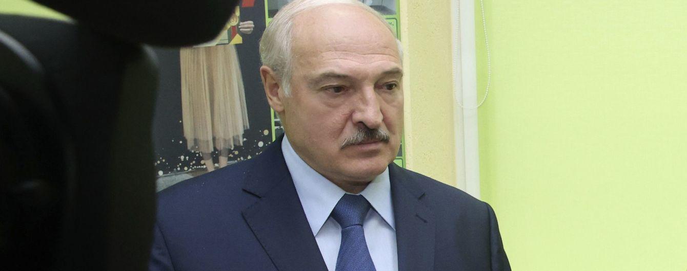 Парламент поддержал идею введения санкций против Беларуси