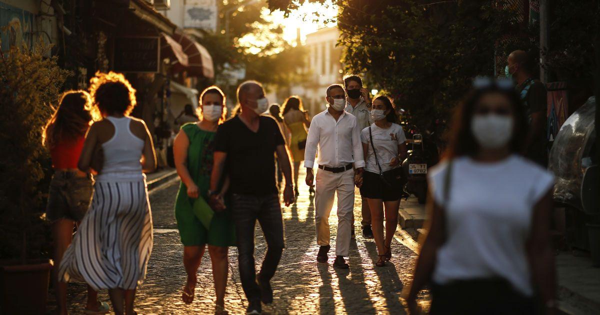 Коронавирус атакует: на Буковине зафиксировано почти 150 новых случаев