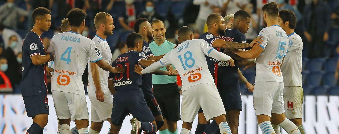 Матч ПСЖ в чемпионате Франции закончился массовой потасовкой: Неймара и еще четырех игроков удалили