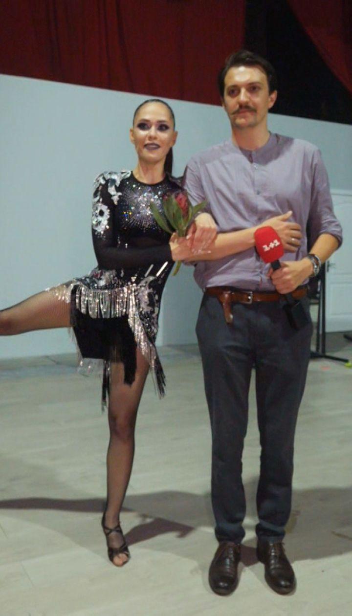 Украинские звезды попробовали себя в популярных челленджах TikTok – Повтори, если сможешь