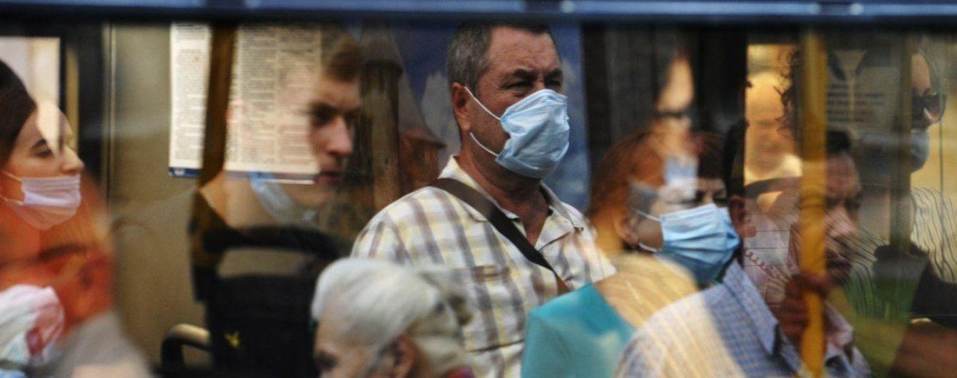 """""""Будет еще труднее"""": в ВОЗ спрогнозировали значительный рост смертности от коронавируса"""