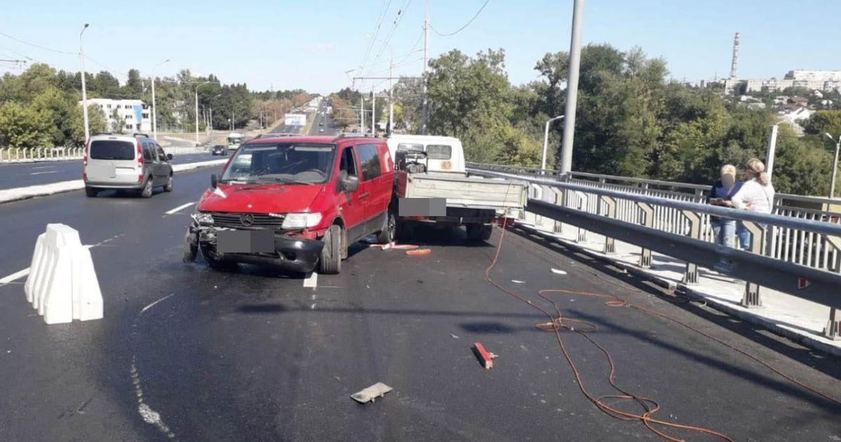 """""""Я не збивав людей"""": водій розповів про аварію, в якій постраждали двоє дорожників"""