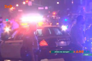 В США жестоко расстреляли полицейских