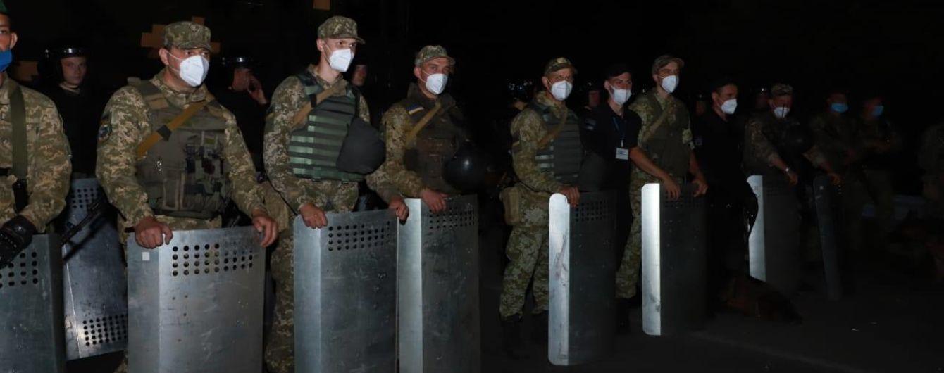 На границе усиливают охрану: ожидают около трех тысяч хасидов, которые будут пытаться попасть в Украину