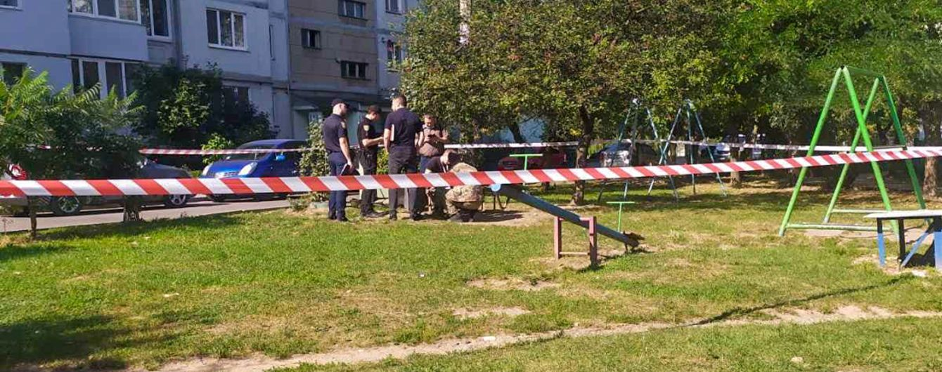 В Ивано-Франковске во дворе нашли гранатомет