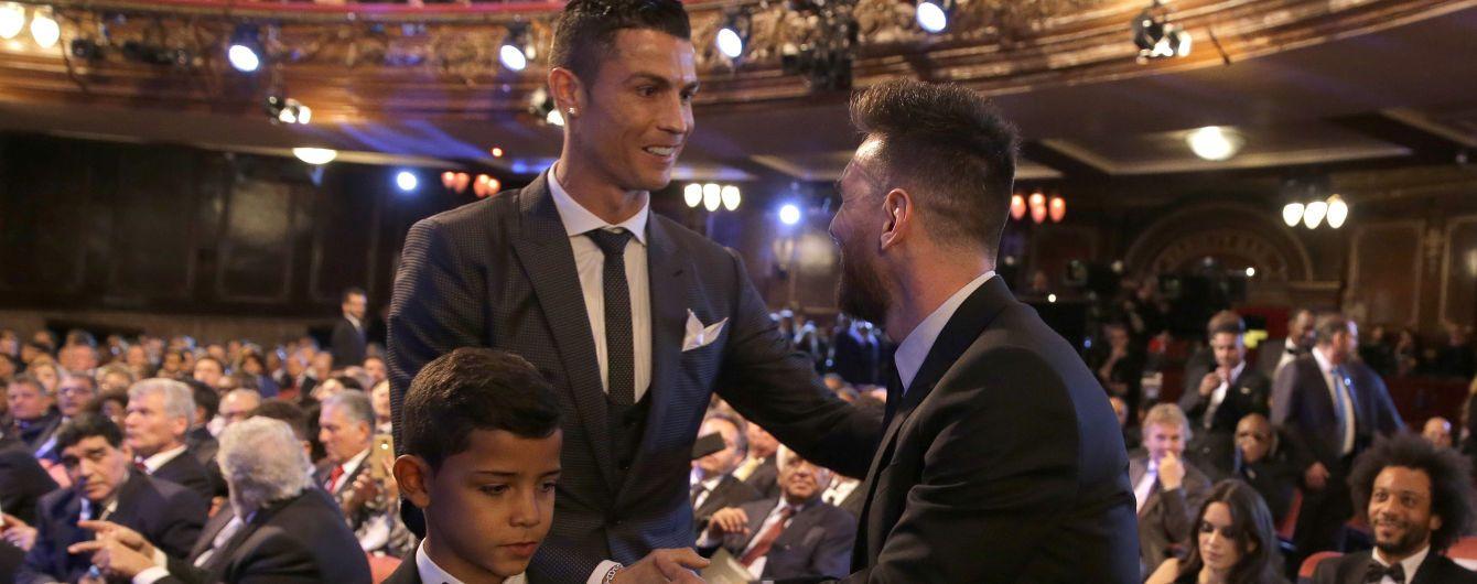 """Месси """"обскакал"""" Роналду среди самых высокооплачиваемых футболистов мира: кто вошел в топ-10"""