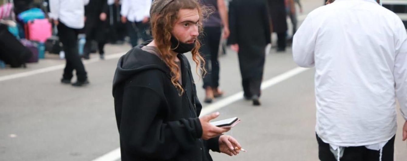 Очільник МВС Ізраїлю попросив Зеленського пропустити паломників-хасидів з Білорусі