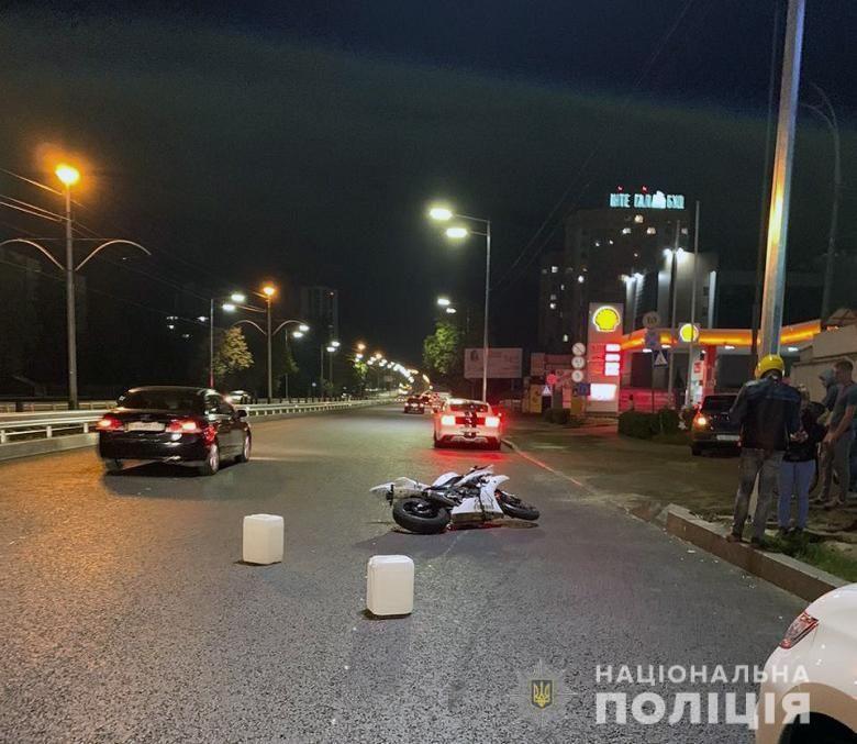 ДТП з трьома загиблими на проспекті Любомира Гузара у Києві