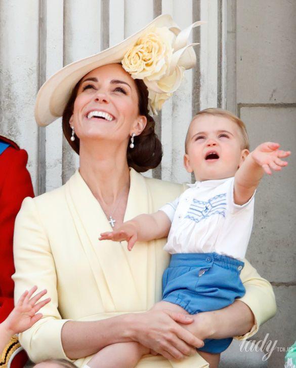 Герцогиня Кембриджская и принц Луи_1