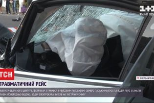 Внаслідок зіткнення двох вантажівок неподалік Вознесенська загинуло дві людини
