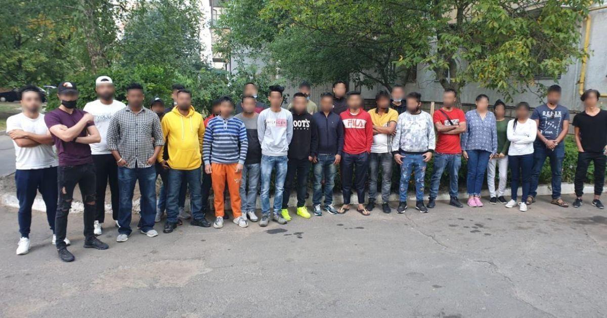 В Киевской области полиция обнаружила почти три десятка нелегалов