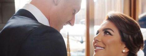 В Сети появились новые фото с тайной свадьбы Анны Седоковой