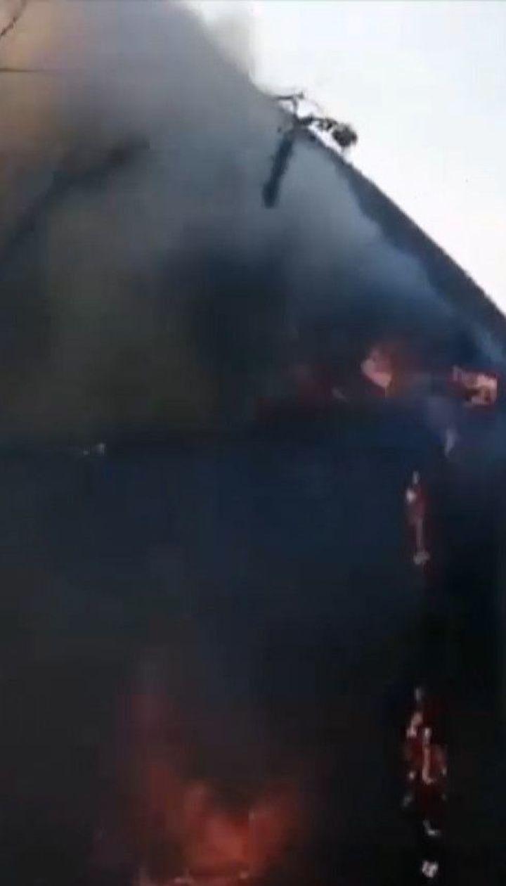 В Днепропетровской области неизвестные подожгли сухостой и сожгли дачу