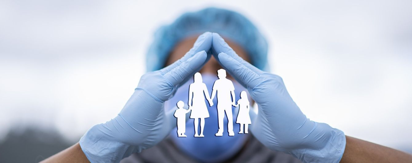 Коли ваші рідні захворіли на COVID-19: лікар назвав основні правила, яких потрібно дотримуватись